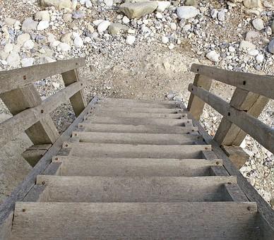 Menuiserie du Quercy créateur d'escalier sur mesure à Figeac