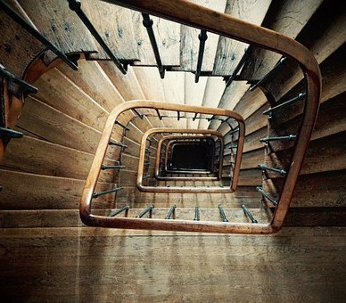 La Menuiserie du Quercy conceptualise des escaliers de différentes essences de bois à Villefranche